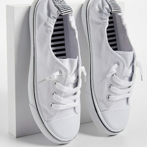 Macy Scrunch Back Slip On Sneaker